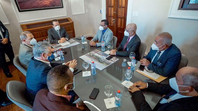 Comisión viajó a la capital para indagar sobre solicitud remodelación Estadio José Briceño recibió del ministro Paliza buena noticia