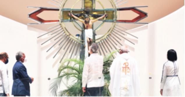 Abinader entrega santuario y promete más obras para Monte Plata