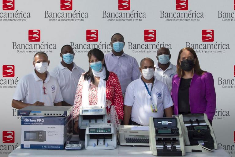 Bancamérica entrega donativo a Hogares Crea-Forma parte de su programa de voluntariado y responsabilidad social