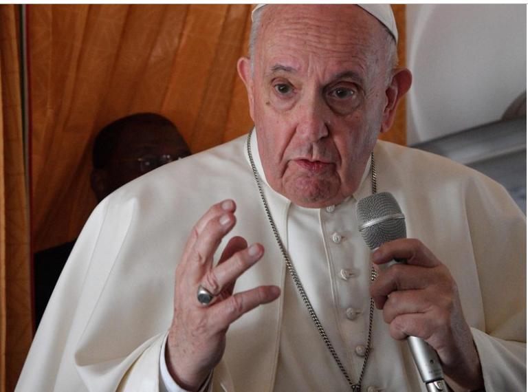 El papa Francisco pidió hoy que la Iglesia «reconozca sus errores»