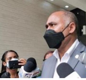 Diputados cuestionan el rechazo de Leonel a una reforma constitucional