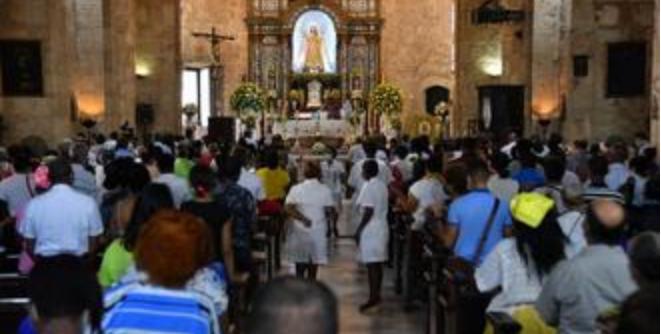 Iglesia de Las Mercedes se colma de feligreses